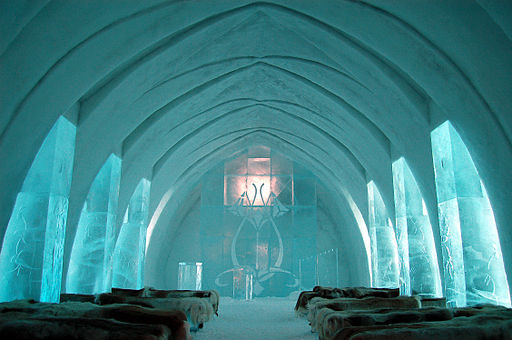 ice-hotel-church-jukkasjarvi