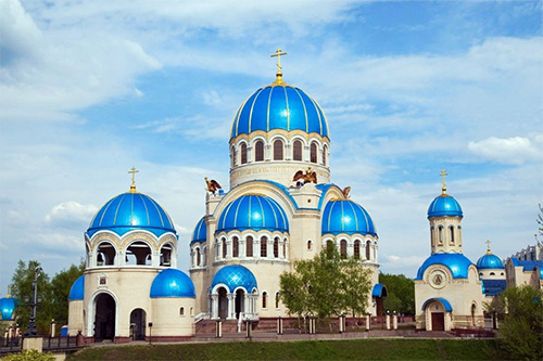 Fascinating blue domes of Russian